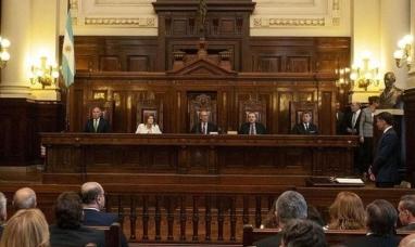 Neuquén y Río Negro se bajaron de la demanda por el IVA y ganancias