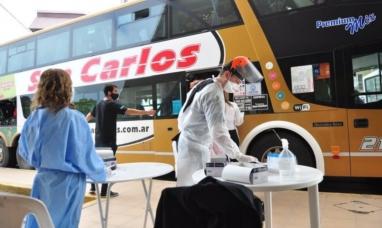 Otro brote de coronavirus: 23 egresados volvieron de Bariloche con Covid-19