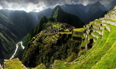 Perú: Fue condenado a tres años de prisión en suspenso el turista argentino que causó daños en Machu Pichu