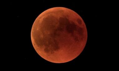 Por qué al mirar un eclipse lunar no hay riesgo de dañar los ojos