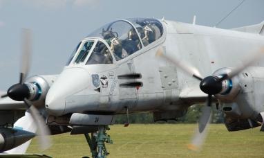 Presentaron el nuevo avión Fénix de última generación