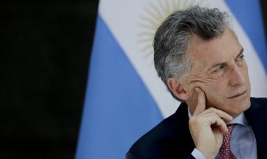 """El presidente argentino quiere que las cooperativas eléctricas eliminen """"cargos extras"""" en las facturas"""