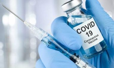 El Reino Unido investiga posibles reacciones alérgicas a la vacuna