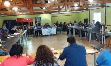 Santa Cruz: Congreso provincial de gremio docente determinó paro para hoy y mañana