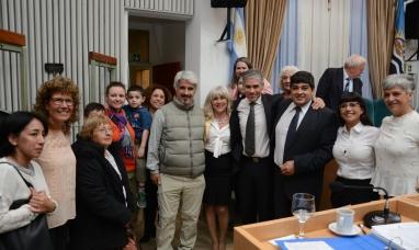 Santa Cruz: Declaran de interés provincial hermanamiento con Francia