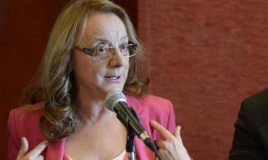 Santa Cruz: La gobernadora ya decidió que no pagará el bono de fin de año