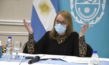 Santa Cruz: La gobernadora le pidió la renuncia a todo su gabinete