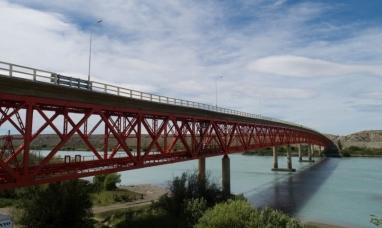 Santa Cruz: Interrupción total del tránsito por 36 horas sobre el puente de Piedra buena por tareas de mantenimiento