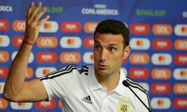 Scaloni se negó a confirmar el equipo que jugará ante Qatar
