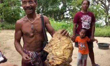 Tailandia: Un pescador encuentra en la playa una rara sustancia endurecida y la conserva sin sospechar su valor