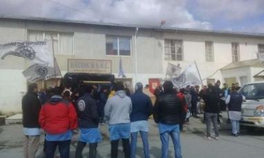 Tierra del Fuego: Acuerdo en empresa textil y hoy se desaloja la planta