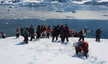 Tierra del Fuego: Advierten que el crecimiento del turismo en la Antártida podría tener consecuencias irreversibles
