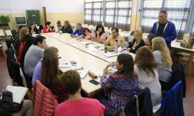 """Tierra del Fuego: Alumnos de la escuela de Río Grande """"cobardemente"""" incendiada retomarán las clases el martes"""
