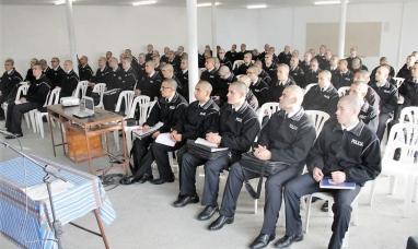 Tierra del Fuego: Aspirantes a agentes de policía reciben capacitación sobre violencia de género
