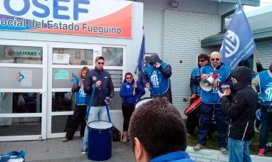 """Tierra del Fuego: ATE calificó el pago de sumas fijas como una acción de """"desguace al sistema asistencial y previsional"""""""