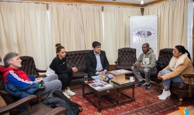 Tierra del Fuego:  Atletas de élite visitaron la presidencia del poder legislativo