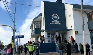 Tierra del Fuego: El banco provincial atiende en forma habitual