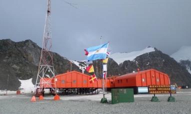 Tierra del Fuego: La base Marambio desmintió su cierre por acuerdo del FMI
