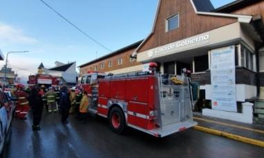 Tierra del Fuego: Bomberos voluntarios se manifestaron frente a casa de gobierno