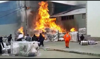 Tierra del Fuego: Fábrica que sufrió incendio presentó preventivo de crisis en la delegación del ministerio de trabajo de Río Grande