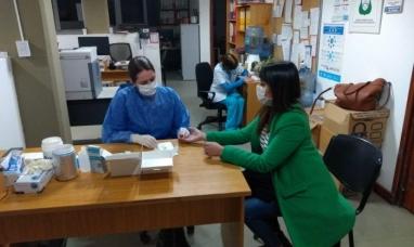 Tierra del Fuego: Comenzaron en Ushuaia los testeos rápidos de anticuerpos de COVID-19 a personal municipal
