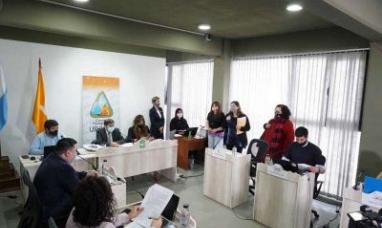 """Tierra del Fuego: Concejales de Ushuaia  archivaron el proyecto de instalación de una estación de servicio en el barrio """"Caiquén"""""""