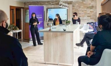 Tierra del Fuego: Desde el municipio de Ushuaia capacitan sobre prevención de violencia de género