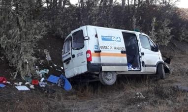 Tierra del Fuego: Despistó una unidad de traslado con tres personas a bordo