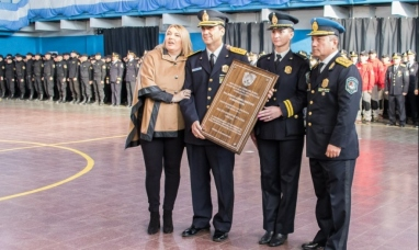 Tierra del Fuego: Destacan la lucha contra el narcotráfico en el 134° aniversario de la policía provincial