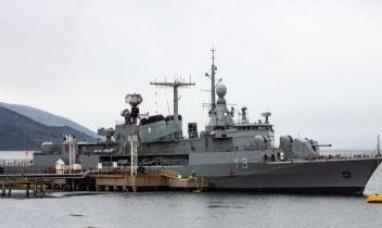Tierra del Fuego: El Destructor ARA Sarandí amarró en Ushuaia