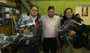 Tierra del Fuego: La dirección provincial de vialidad entregó indumentaria al personal