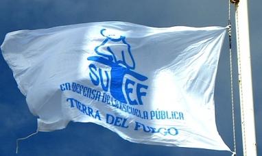 Tierra del Fuego: Docentes aprobaron la propuesta salarial del gobierno y hoy comienzan las clases