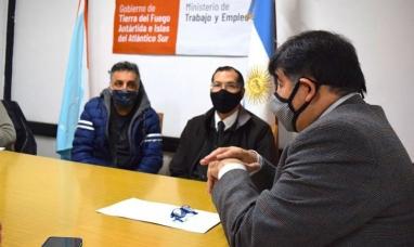 Tierra del Fuego: Ex empleados de Bencer y electrodomésticos Aurora hicieron planteo por acreencias