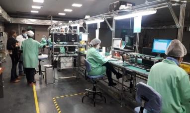 Tierra del Fuego: Empresa electrónica hace frente a la pandemia con más producción