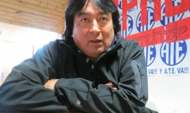 """Tierra del Fuego: Enojo del gremio estatal """"El gobernador no respetó la mesa paritaria y anunció un bono por su cuenta"""""""