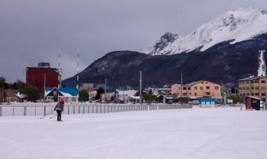 """Tierra del Fuego: Expectativas del sector turístico en la temporada de invierno, """"Ahora nos falta la nieve, que no podemos tramitarla"""" dicen desde la cámara de turismo"""