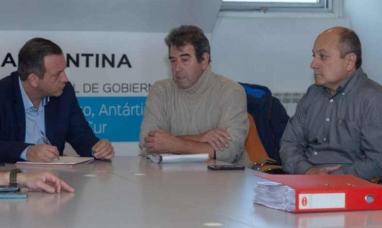 Tierra del Fuego: Familiares del joven desaparecido en Tolhuin, fueron recibidos por funcionarios provinciales