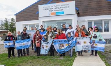 Tierra del Fuego: Familiares de los tripulantes del ARA San Juan visitaron la escuela de Puerto Almanza la cual lleva el nombre del submarino