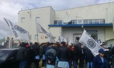 Tierra del Fuego: Firmarán acuerdo para garantizar las fuentes de trabajo