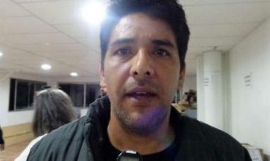 Tierra del Fuego: Fiscal general denuncia que el ministro de gobierno entregaba sobres dentro de un aula vacía