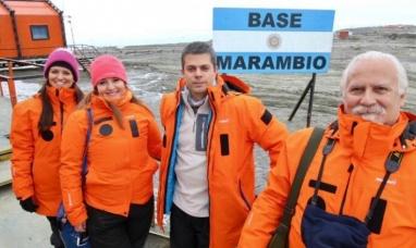 Tierra del Fuego: Funcionarios de gobierno viajaron a las bases Esperanza y Marambio en la Antártida
