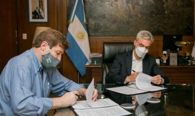 Tierra del Fuego: El gobernador acordó con nación la construcción de una terminal de ómnibus y obras en el puerto de Ushuaia