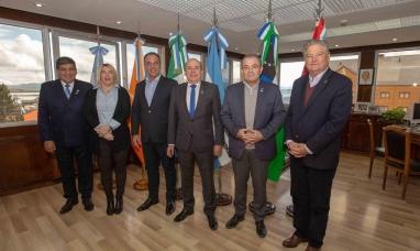 Tierra del Fuego: La gobernadora recibió a vice-gobernadores de distintas provincias