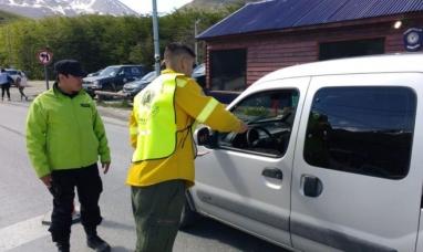 Tierra del Fuego: Gobierno inicia campaña de prevención de incendios forestales y limpieza en espacios naturales