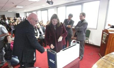 Tierra del Fuego: El gobierno insiste con la implementación del voto electrónico
