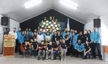 """Tierra del Fuego: Homenaje en base antártica """"Esperanza"""""""