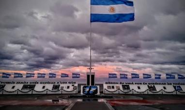 """Tierra del Fuego: Iluminarán de rojo el monumento de Malvinas por el """"Día mundial del donante de sangre"""""""