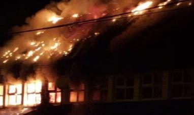 """Tierra del Fuego: Iniciaron los trabajos de recuperación de la escuela """"cobardemente"""" incendiada en Río Grande"""