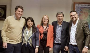 Tierra del Fuego: Intendente de Ushuaia firmó convenio con el gobierno de Santa Cruz