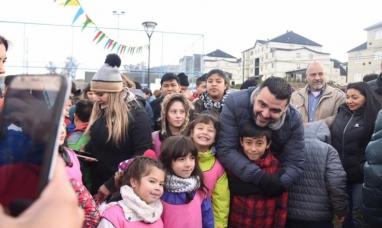"""Tierra del Fuego: Intendente de Ushuaia inauguró la plaza Favaloro en el barrio """"Pipo"""""""